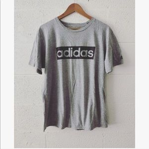 Adidas The Go To t-shirt sz: Large